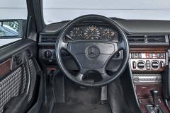 mercedes-500-e-w-124-interior